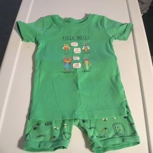 Old Navy Boys Green Summer Pajamas.   Size 5T
